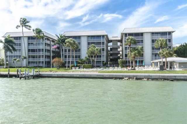 2880 Gulf Shore Blvd N 209, Naples, FL 34103