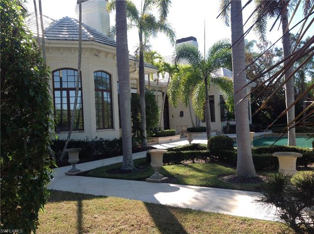 899 Nelsons Walk, Naples, FL 34102