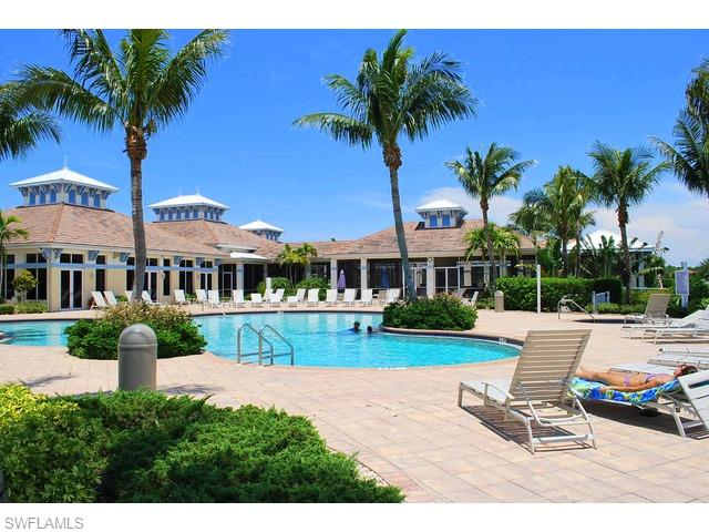 3065 Driftwood Way 4206, Naples, FL 34109
