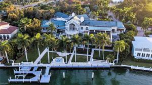 1690 Copeland Dr, Marco Island, FL 34145