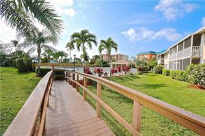 238 Pebble Beach Blvd 606, Naples, FL 34113