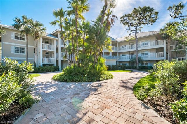 234 Sugar Pine Ln Ph 234, Naples, FL 34108