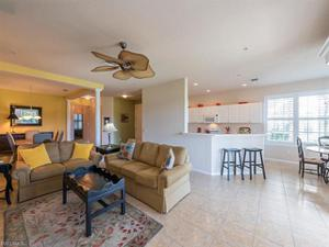 4690 Winged Foot Ct 101, Naples, FL 34112