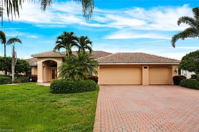 28398 Tasca Dr, Bonita Springs, FL 34135