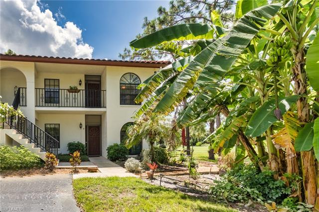220 Deerwood Cir 7-8, Naples, FL 34113