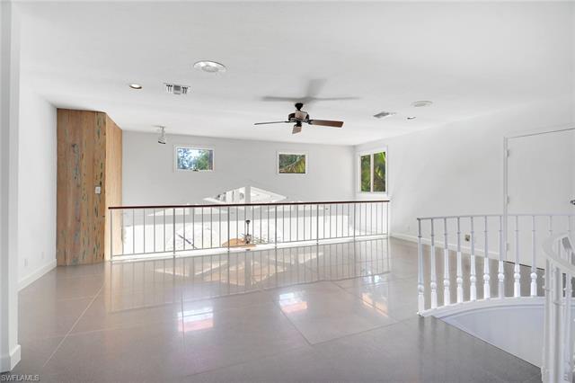 6780 Sable Ridge Ln, Naples, FL 34109