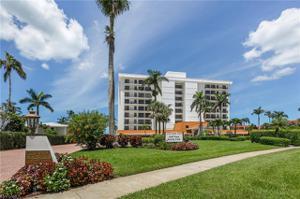 2171 Gulf Shore Blvd N 703, Naples, FL 34102