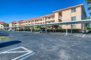 1001 Eastham Way C-302, Naples, FL 34104