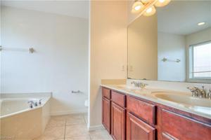 17558 Brickstone Loop, Fort Myers, FL 33967