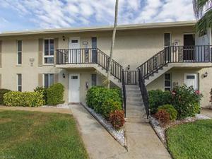 237 Palm Dr 237-4, Naples, FL 34112