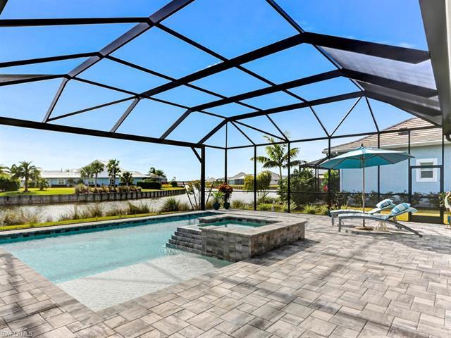 5726 Clarendon Dr, Naples, FL 34113