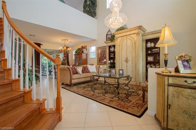 8213 Laurel Lakes Blvd, Naples, FL 34119