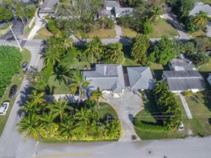 1021 Rordon Ave, Naples, FL 34103