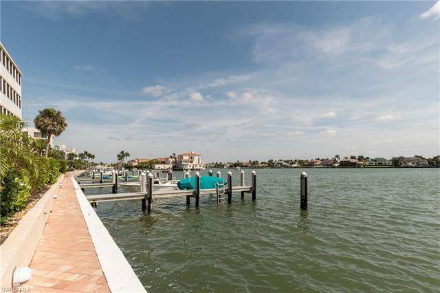 3450 Gulf Shore Blvd N 113, Naples, FL 34103