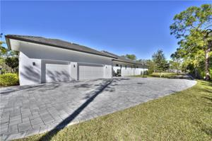 6521 Bottlebrush Ln, Naples, FL 34109