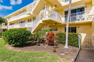 1100 8th Ave S 101a, Naples, FL 34102