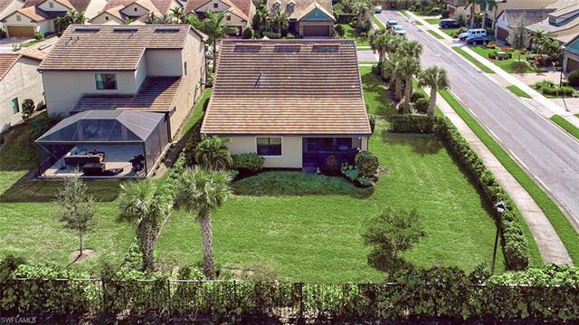 16347 Winfield Ln, Naples, FL 34110