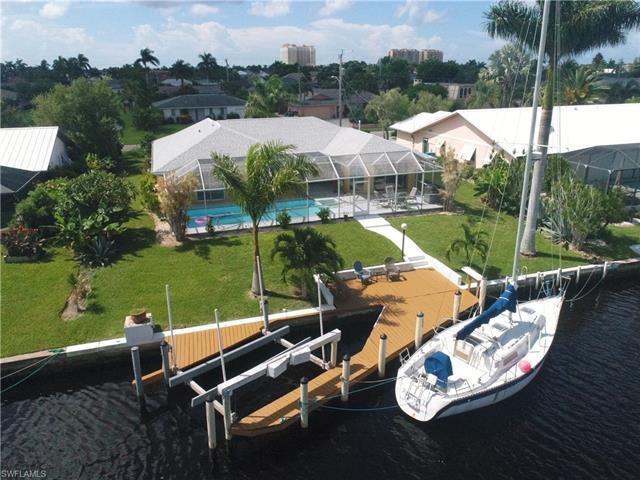 933 54th Ln, Cape Coral, FL 33914