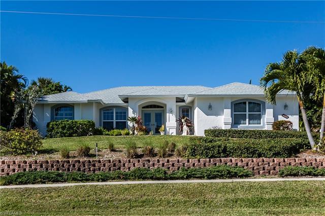 1760 Granada Dr, Marco Island, FL 34145