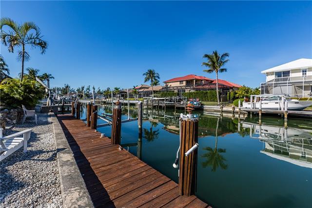 656 Dorando Ct, Marco Island, FL 34145
