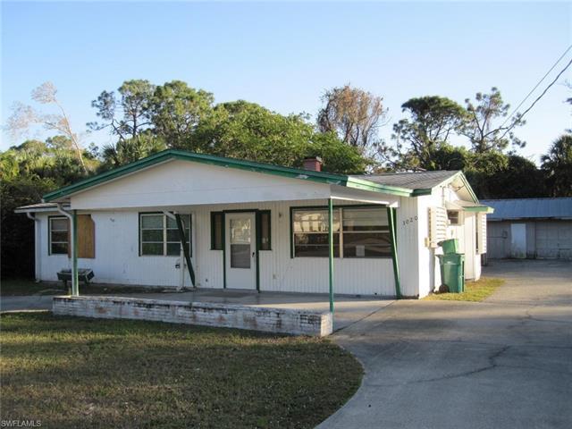3020 Barrett Ave, Naples, FL 34112