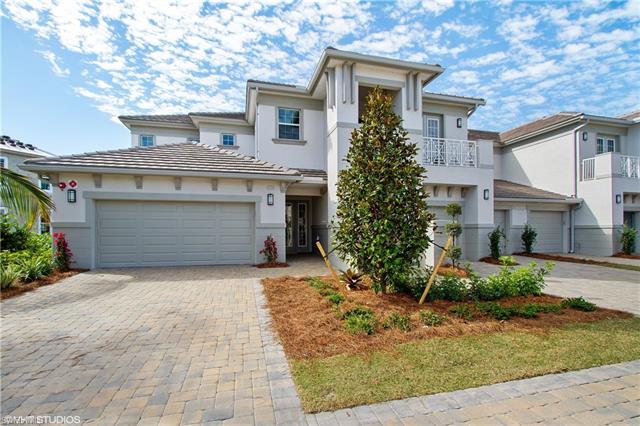 8031 Signature Club Cir, Naples, FL 34113