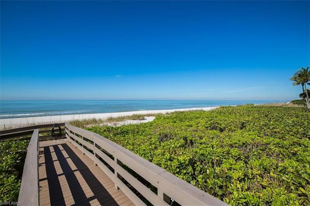 9577 Gulf Shore Dr 301, Naples, FL 34108