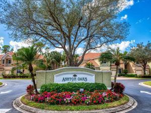 2304 Ashton Oaks Ln 9-101, Naples, FL 34109