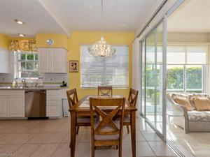 2304 Ashton Oaks Ln 9-101, Naples, FL 34109