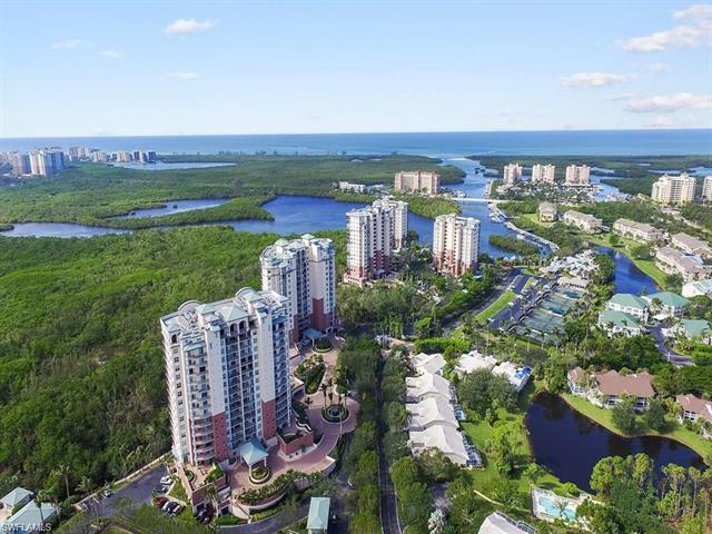 425 Cove Tower Dr 1101, Naples, FL 34110
