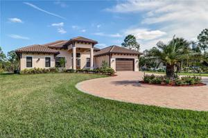 582 15th St Sw, Naples, FL 34117