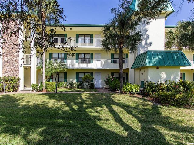855 Ketch Dr 204, Naples, FL 34103