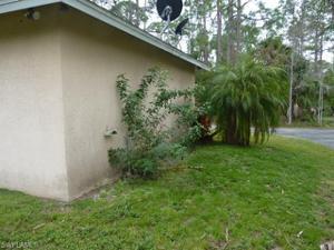 260 3rd St Sw, Naples, FL 34117