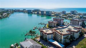 222 Harbour Dr 102, Naples, FL 34103
