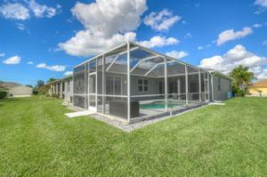4135 Olde Meadowbrook Ln, Estero, FL 34134