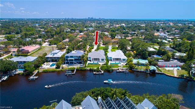 4268 Tarpon Ave, Bonita Springs, FL 34134