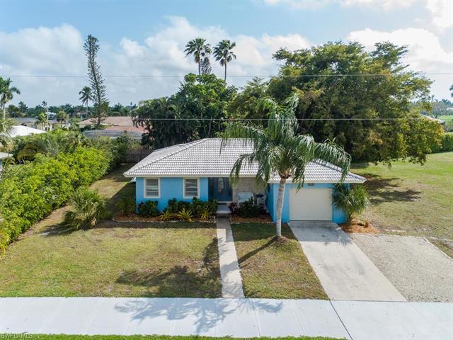 469 Yellowbird St, Marco Island, FL 34145