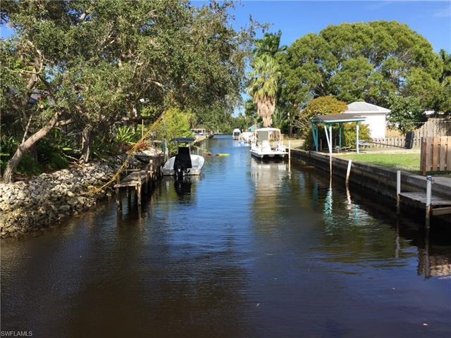4460 Tarpon Ave, Bonita Springs, FL 34134