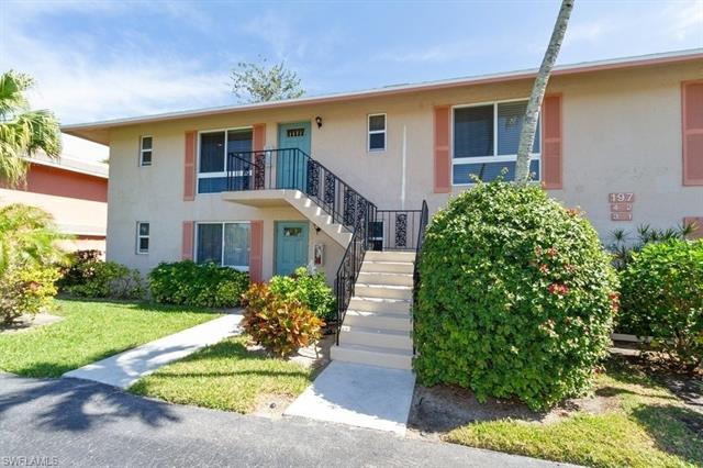 197 Harrison Rd 4, Naples, FL 34112