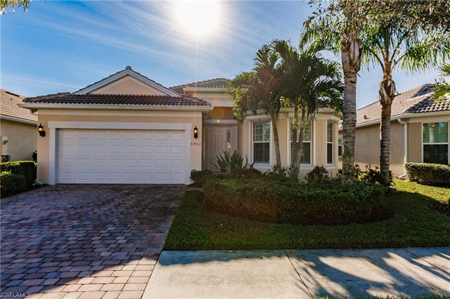 8452 Benelli Ct, Naples, FL 34114