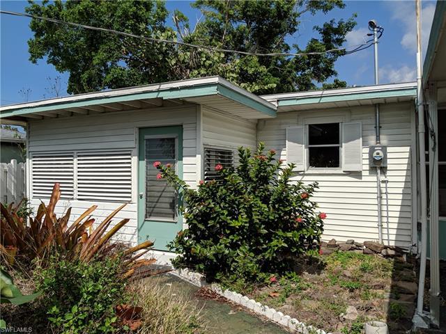 1025 Trail Terrace Dr, Naples, FL 34103
