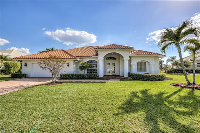 2092 Imperial Cir, Naples, FL 34110