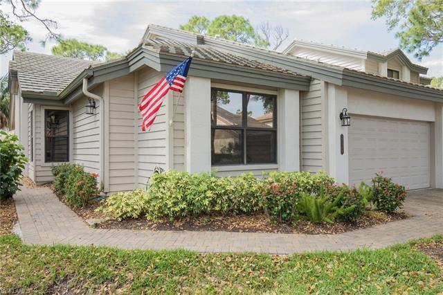 27049 Kindlewood Ln, Bonita Springs, FL 34134