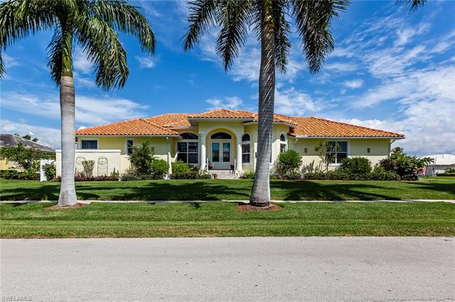 125 Shorecrest Ct, Marco Island, FL 34145