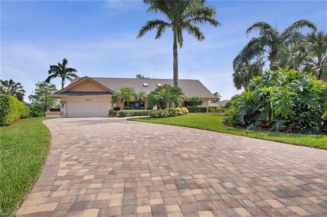 2204 Majestic Ct N, Naples, FL 34110