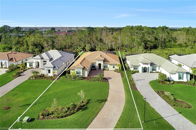 2323 Somerset Pl, Naples, FL 34120