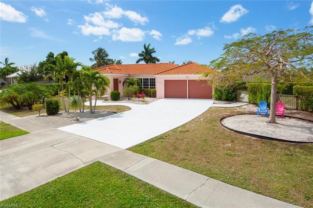 632 Nassau Rd, Marco Island, FL 34145