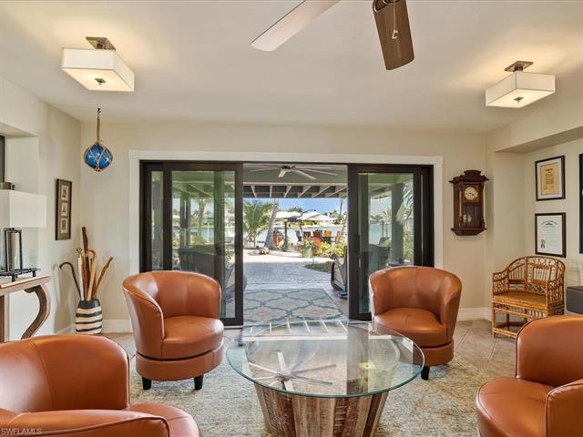 1100 Fieldstone Dr, Marco Island, FL 34145