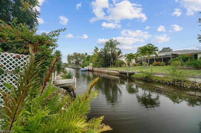 27280 Barbarosa St, Bonita Springs, FL 34135
