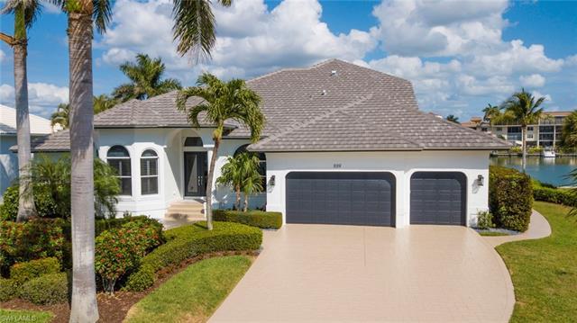 889 Swan Dr, Marco Island, FL 34145